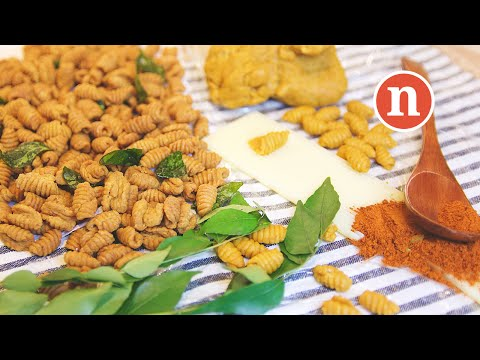 Malaysian Spicy Snack | Kuih Siput [Nyonya Cooking]