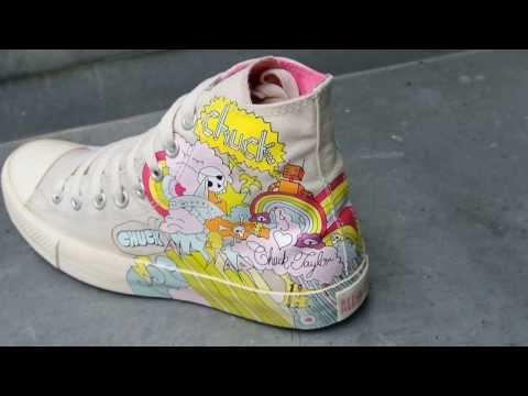 #Converse Chucks All Star Chuck Taylor Sneakers 1T055 Weiss Rainbow Comic 09/2013 Street Style