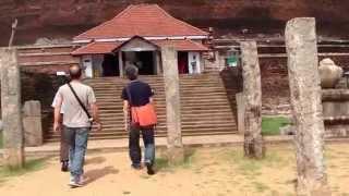 preview picture of video 'スリランカの旅 2日目 【世界遺産 アヌダーダプラ 編-1 】 Sri Lanka Tour 【World heritage Sacred City of Anuradhapura -1】'