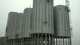 preview picture of video 'montaje de silos en francia'