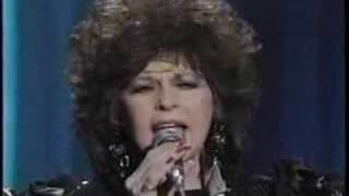 """Donna Fargo- """"Soldier Boy"""" (live)"""