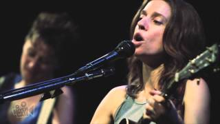Ani DiFranco - Which Side Are You On? w/ Melissa Ferrick (Live in New York) | Moshcam