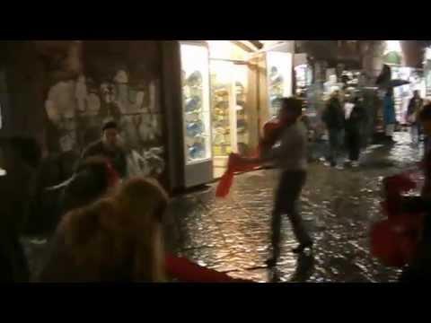 Olisticmap - Flashmob di danzaterapia-danza creativa Fux per l'uscita del film
