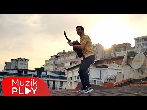 Ege Günay - Sıkıldım (Official Video) Sözleri