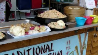 preview picture of video 'London Street Food. Dim Sum Chinese Restaurant. Camden Town, Camden Market.'