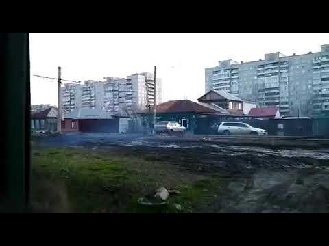 Пьяный водитель в Омске таранит  дом