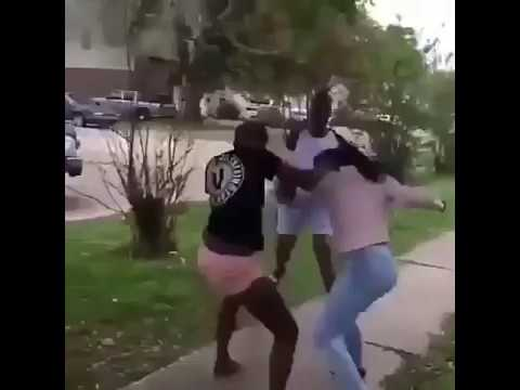 Nigerian girls fight with each other Greater Noida INDIA // must watching