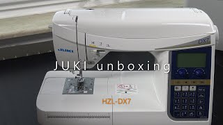 JUKI HZL DX7 Unboxing