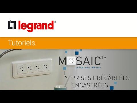 Remplacer une prise de courant encastrée par des prises précâblées Mosaic Surface