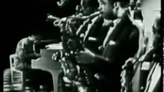 Fats Domino - I'm In Love Again (live 1956)