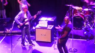 Owner of a lonely heart - The Trevor Horn Band - live in Paradiso Amsterdam - 7/13/2015
