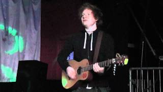 Ed Sheeran - U.N.I. Unplugged