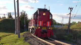 ТЭМ18ДМ-611/570 с грузовым поездом подъезжают к ст. Алапаевск