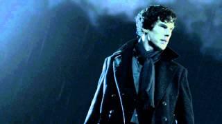Sherlock-PILOT VO: Sherlock on the Roof under the Moon