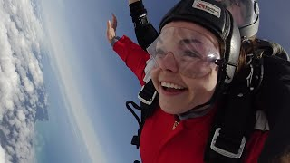 The Unreal Experience of Skydiving