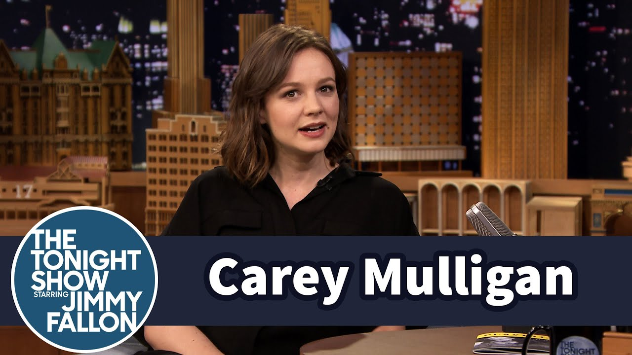 Carey Mulligan's First Trip to America Included a Trip to Hooters thumbnail