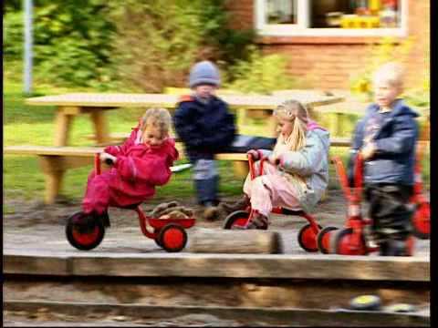 DIDAKTiCO: Die beliebten, roten Kinderfahrzeuge von Winther®