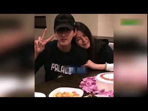 吴亦凡与妈妈亲密合影,妈妈竟然是个大美人。