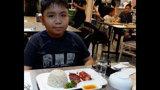 Eating at Merlion's Cuisine Singaporean Restaurant || Eating the Char Siu (Glazed Grill Pork)