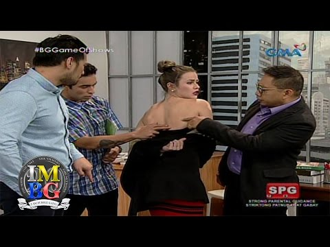 Bubble Gang: Taking advantage of the sexy-tary
