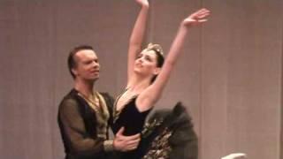Black Swan Pas de Deux (1)