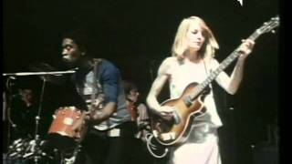 Talking Heads - Take Me To The River (Live in Rome 1980)