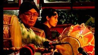 Belajar KENDANG JAWA - How to Play JAVANESE DRUMB - Javanese GAMELAN Music Jawa