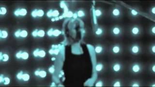 "AGNETHA FÄLTSKOG ""Walk in the room"" (Official video)"