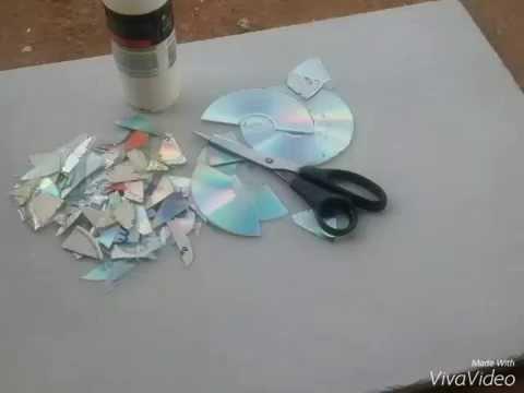 Mosaico com CDs usados