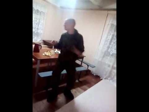 Мужчина не танцует