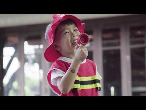 Vorschau: Kinder Feuerwehr Set – Rollenspiel ab 3 Jahren