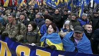 Ucraina: 3 anni dopo Maidan estrema destra in Piazza contro il governo