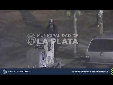 Mirá el video: intentó robar un auto y lo atraparon