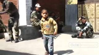 The Child attacked Indian army (CRPF) | funny Indian army.....