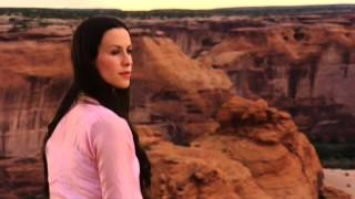 Alanis Morissette - Baba HD - (1 de 9 - Live In The Navajo Nation)