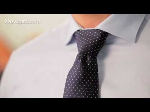 Simple instructions for tieing the Windsor knot