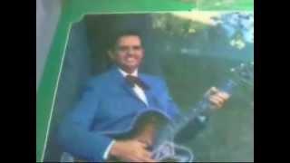 Merle Travis the fool at the steering wheel