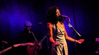 Corinne Bailey Rae - Que Sera (Doris Day cover) Encore pt.1 10.28.10