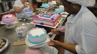 The Greatest Cake Decorating  Workers  You Have Ever Seen -Skill Does Matter !