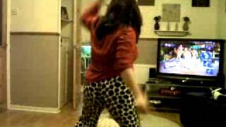 nikki dancing
