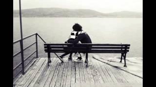 İyi Değilim Aşkım En Duygusal Aşk şiir