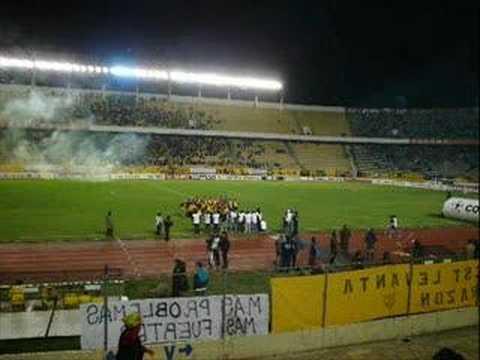 """La Ultra Sur 34"" Barra: La Gloriosa Ultra Sur 34 • Club: The Strongest • País: Bolívia"