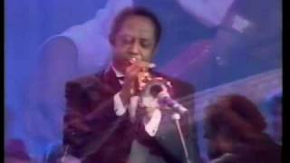 Barry White - Just the way you are (Live Belgium).avi