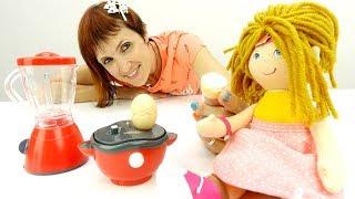 Бьянка готовит завтрак - Видео для девочек с Машей капуки