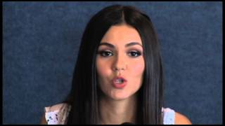 Виктория Джастис, Victoria Justice Love Song To The Earth Press Conference