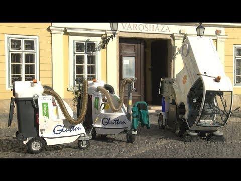 Elektromos meghajtású úttakarító a Budavári Önkormányzatnál - video preview image