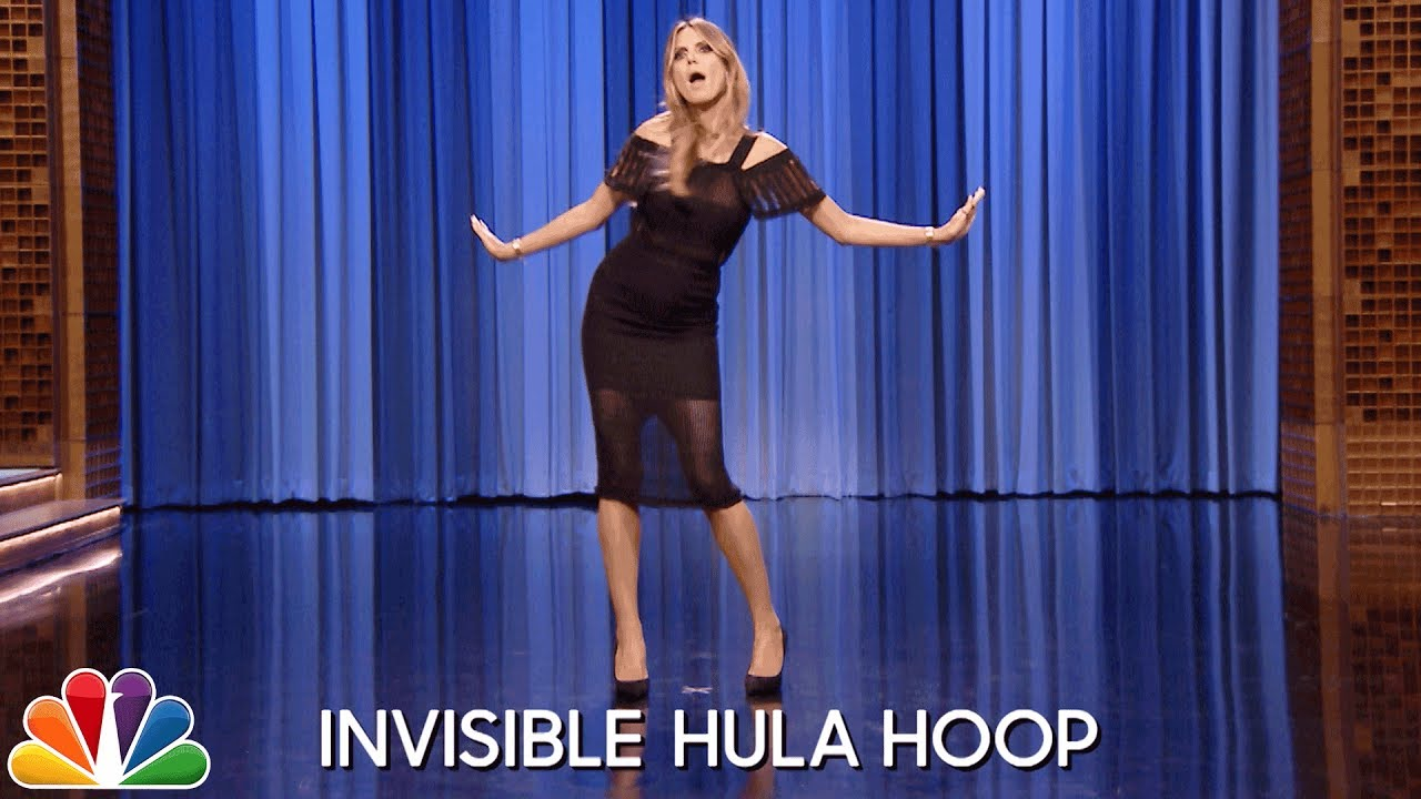 Dance Battle with Heidi Klum thumbnail