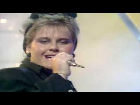 Alison Moyet - Love Resurrection 1984