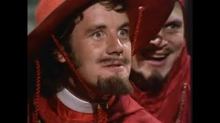 The Spanish Inquisition (aka The Comfy Chair) - Monty Python's Flying Circus - S02E02