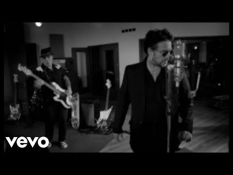 El rock argentino es una cuestion de actitud, dale play a Los Fabulosos Cadillacs!!!